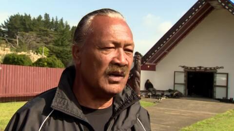 Video for Thousands arrive to farewell Sir Hekenukumai Puhipi