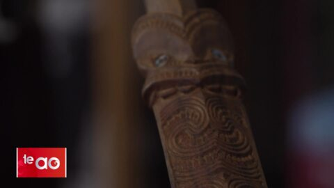Video for Replacing the traditional tie with taonga Māori
