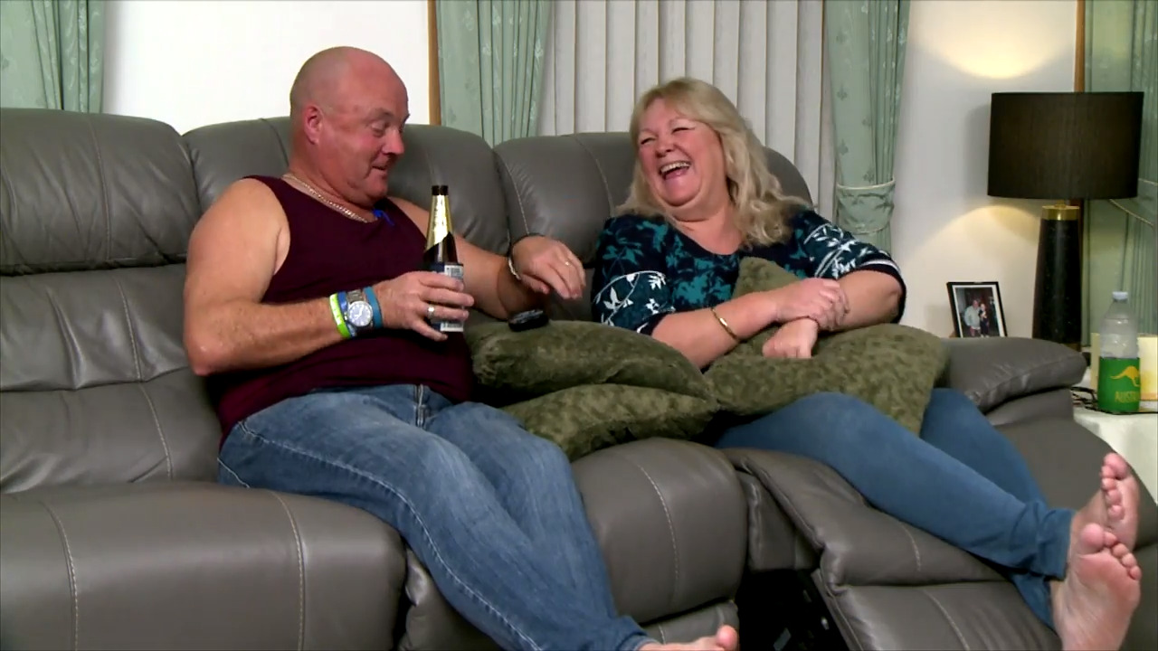 Thumbnail of Gogglebox extras: Say Yes To The Dress