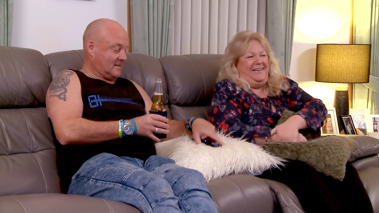 Thumbnail of Gogglebox Unseen: Oozing with confidence