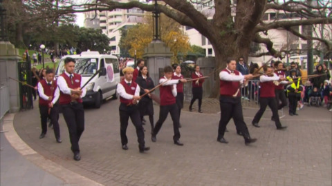 Video for Thousands march in Wellington for Māori Language Week