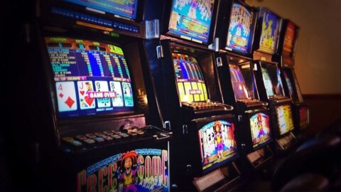Video for Gambling businesses continue but no provider to help whānau