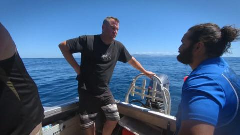 Video for Piri's Tiki Tour, 2 Ūpoko 10