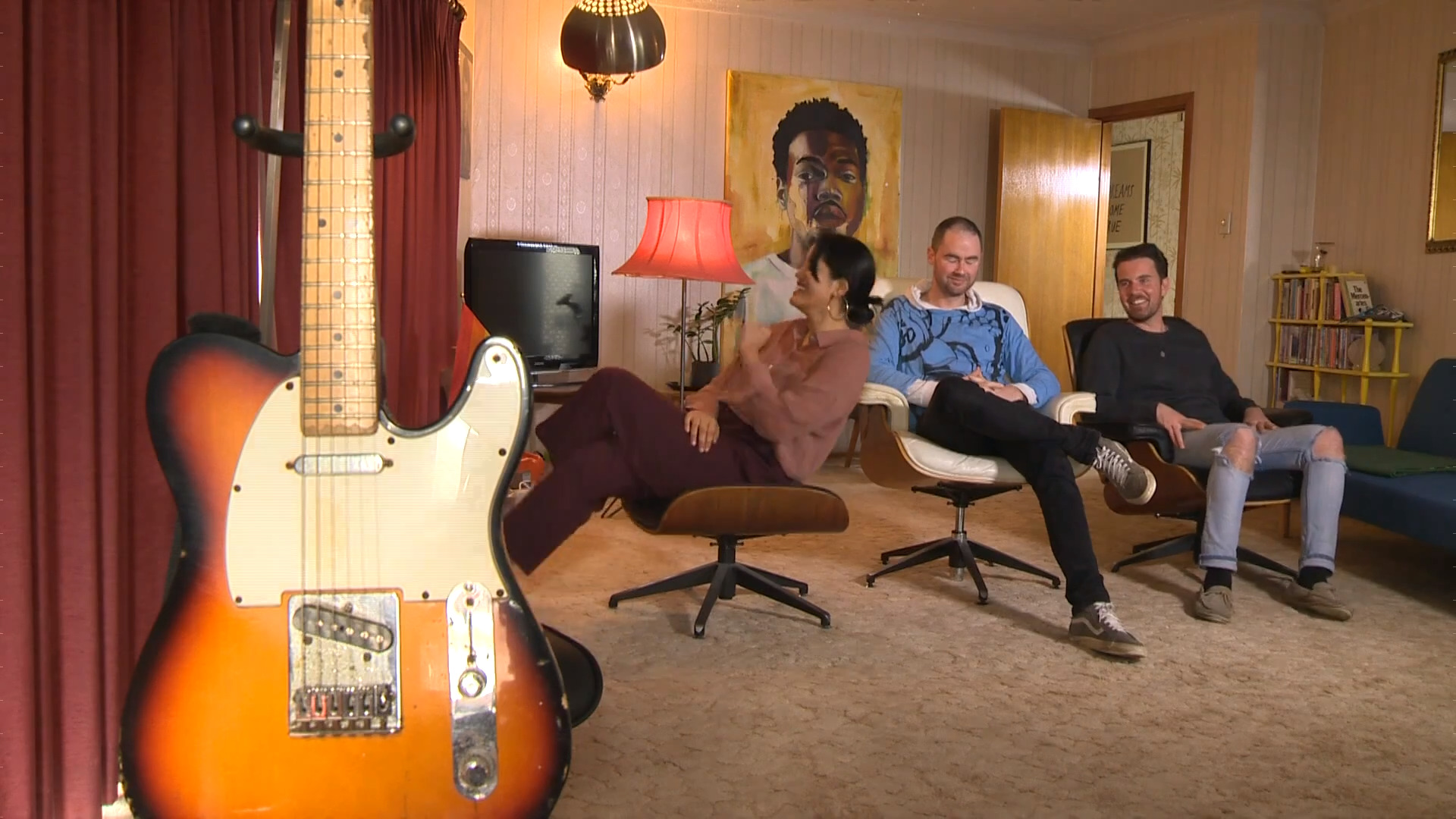 Video for Te reo electronic band signs with Kartel Music Group (UK)