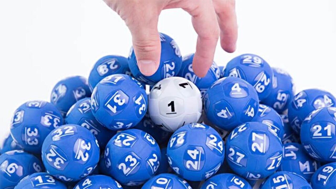 Powerball $100 million lottery: Sydney mother sets Australian