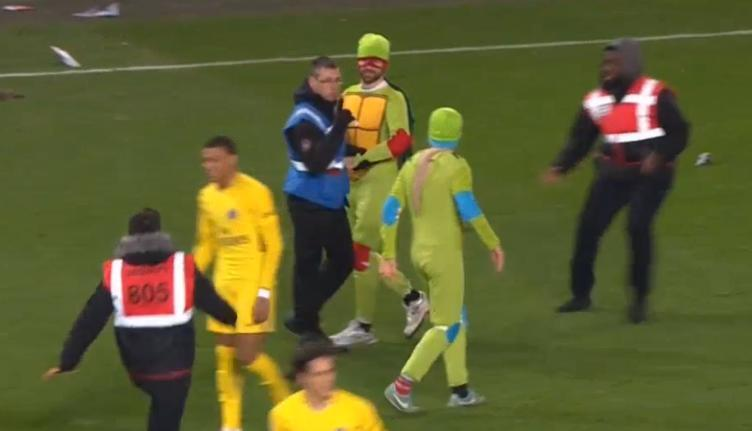 Take a look at some of our favourite pitch invaders.