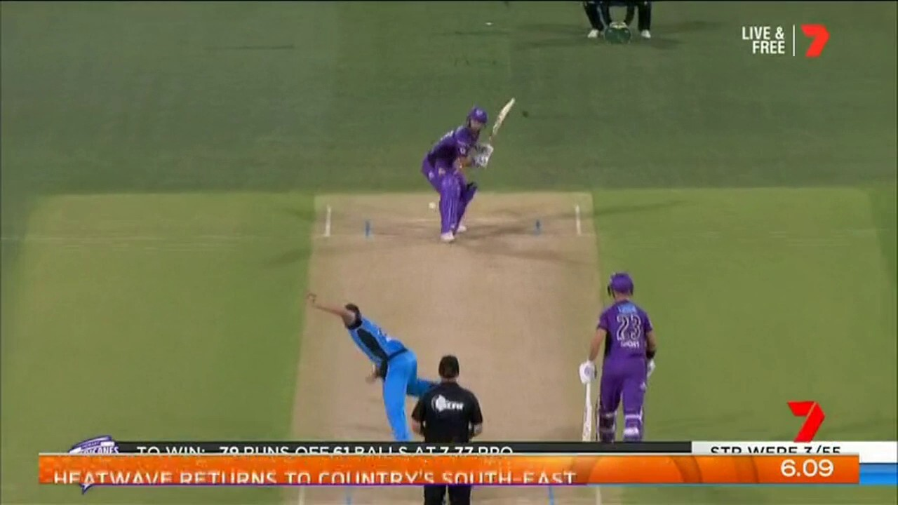 The Hurricanes have moved 6 points clear of the top of the Big Bash ladder after a win against the Strikers.