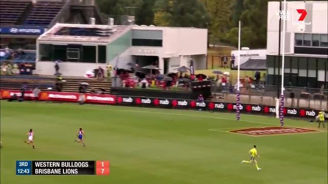 Deanna Berry boots a fine goal from beyond 50m in the AFLW grand final. Video: Twitter / AFL