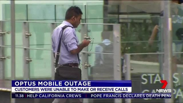 A mobile outage has prevented Optus customers from making or receiving calls across the country