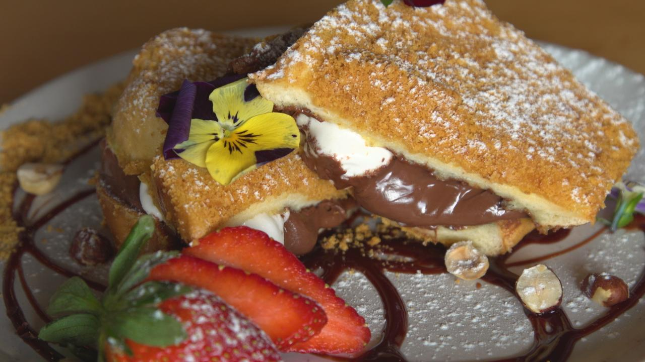 These are the Perth brunches worth getting out of bed for. 🥞🍓 #huh?