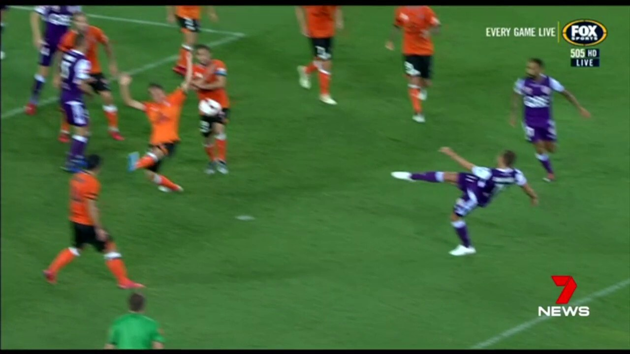 The Perth Glory won 4-2 after going 2-0 down in the first half to the Brisbane Roar.