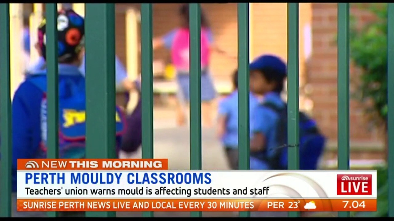 The Teacher's union has warned mould is affecting the health of students and teachers in WA public schools