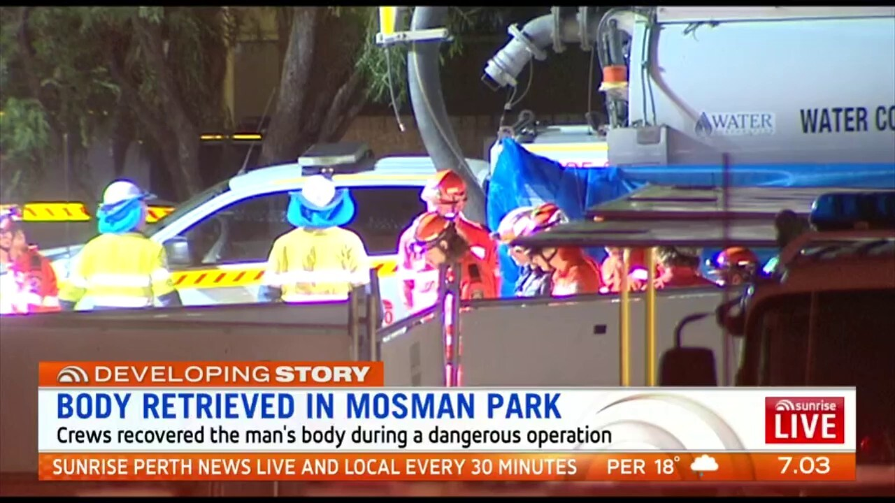 Crews have recovered the body of a man who fell into a water-filled trench at a construction site in Mosman Park