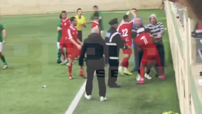 Player assaults referee during Maltese football match