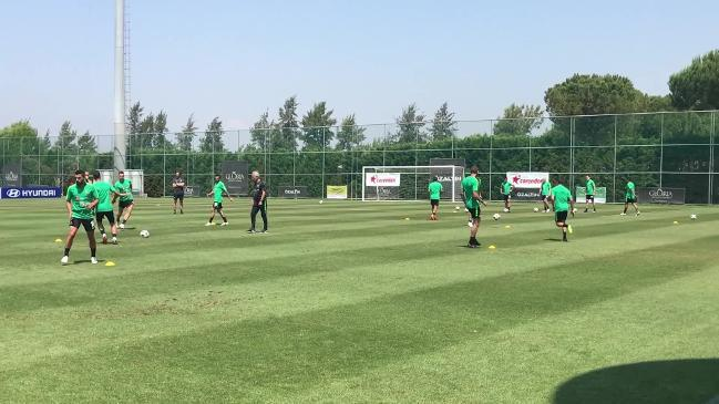 RAW: Socceroos prepare for Hungary clash