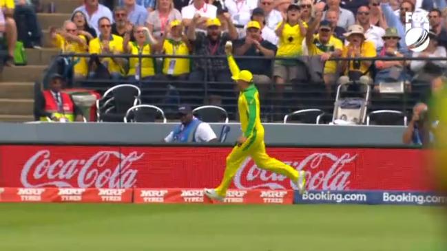 Khawaja's brilliant boundary catch