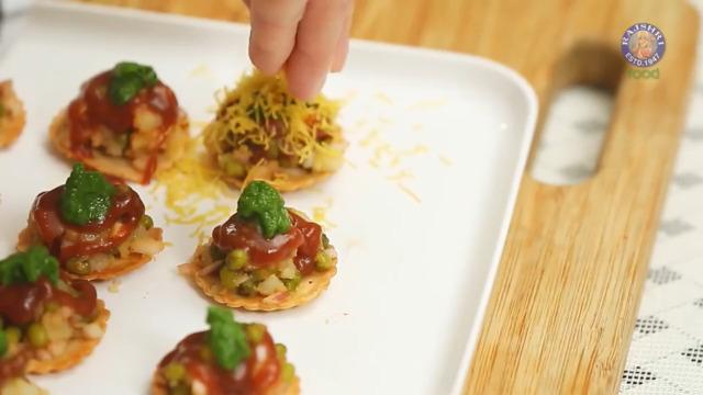 Recipe: Sev Puri