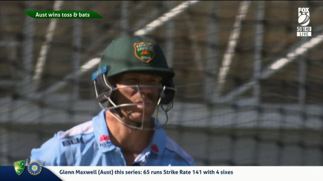 Warner trains with Aussie bowlers