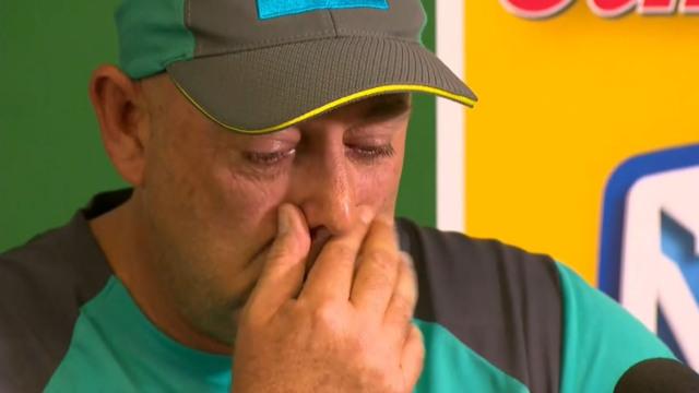 Darren Lehmann resigns as Australian cricket coach