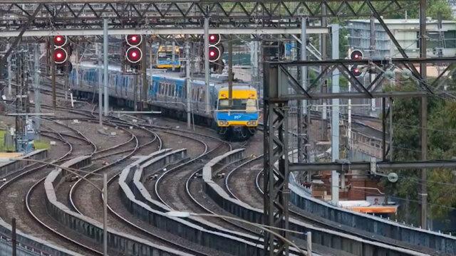 Victorian Premier Daniel Andrews announces plans for mega suburban rail tunnel