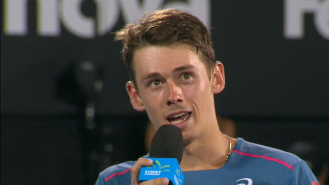 De Minaur breaks drought in Sydney