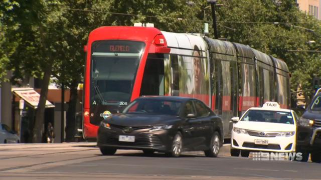 SA government scraps right-turn tram plan