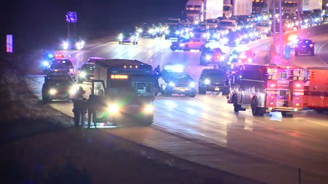Suspect in custody after police chase Greyhound bus