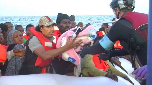 Bodies of 31 migrants recovered after boat capsized off Libyan coast