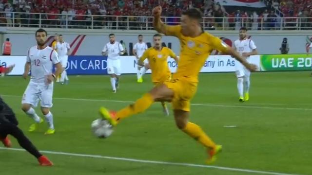 Socceroos progress at Asian Cup