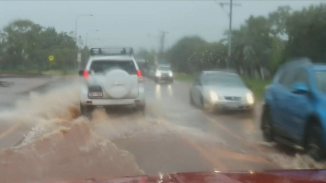 Lives, homes at risk as Cyclone Kelvin makes landfall in WA